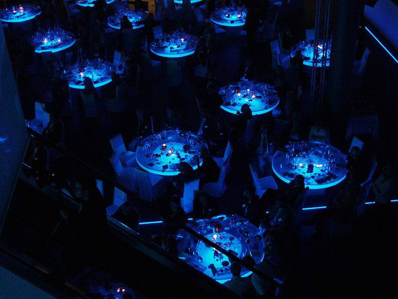 Acryl-Eis Tische, Event